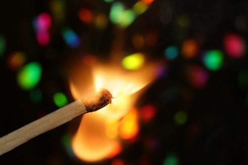 La tradizione di bruciare il vecchione a Bologna