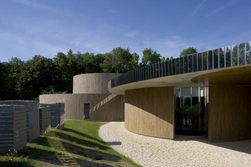 polo crematorio di design in francia
