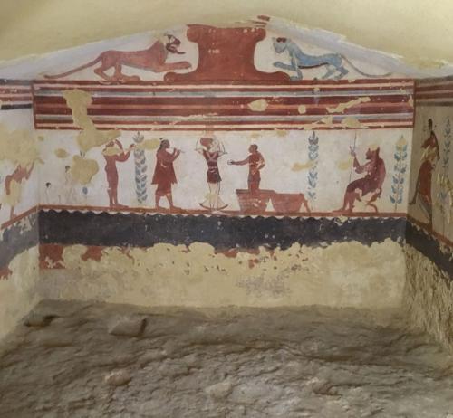 Tomba dei giocolieri a Tarquinia
