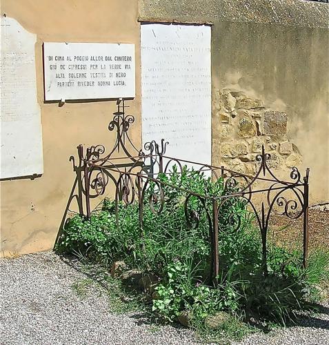 Cimitero nonna Lucia a Bolgheri