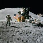 Resti cremati e DNA celebri in viaggio verso la luna